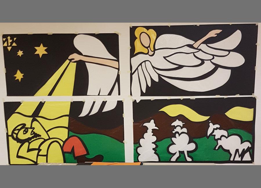 Adventsfenster Murimoos, Papier 152x275 cm