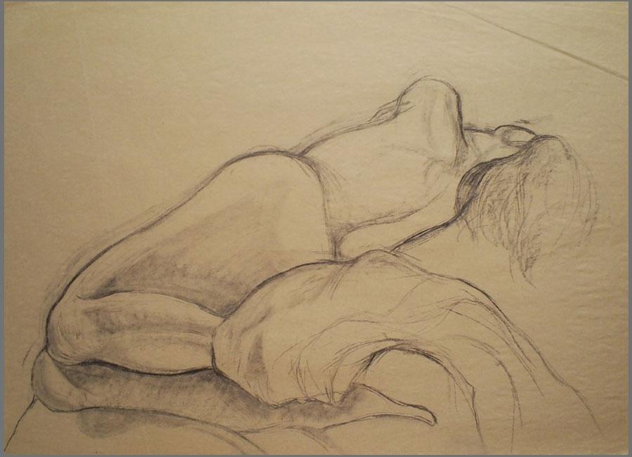 Frau-mit-Tuch-Kohle,-63x90cm